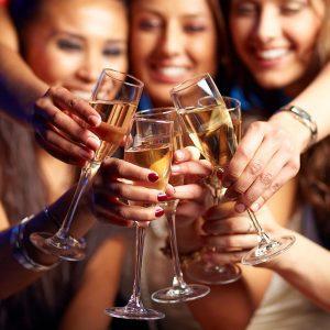 group-women-cheersing-champagne